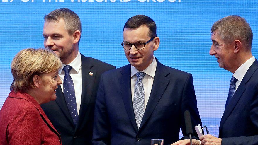 Канцлер ФРГ Ангела Меркель с премьерами стран Вышеградской группы