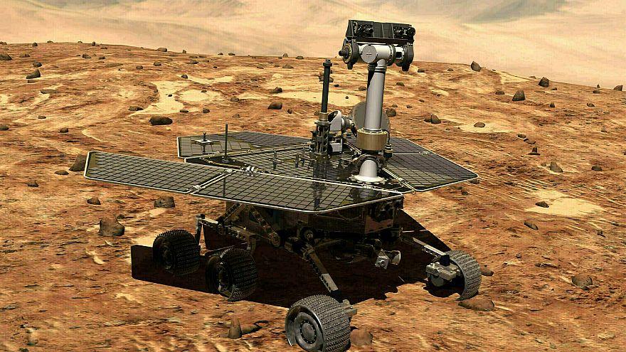 مسبار روفر على سطح المريخ (ناسا)
