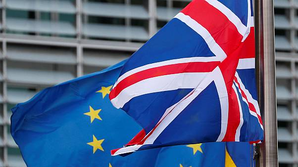 Third of French and Italians think the UK has already left the EU: Euronews survey