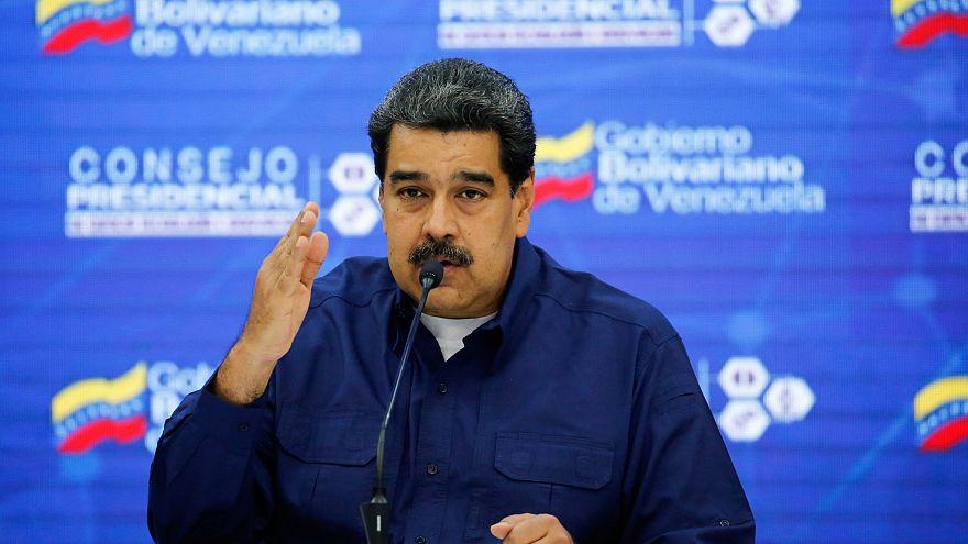 Bohócnak és önjelöltnek nevezte Maduro Guaidót