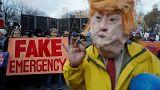 """""""Urgence"""" pour le mur : bataille judiciaire contre Trump"""