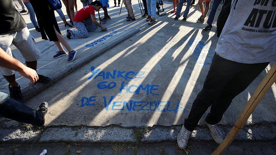 Protesta en Buenos Aires a favor de Nicolás Maduro