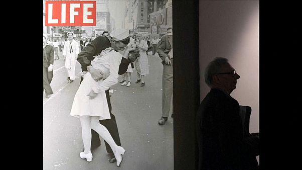 """George Mendonsa (95), der """"küssende Matrose"""" vom Times Square ist tot"""