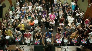 Sao Paulo Karnavalı hazırlıklarında müzik kurslarına yoğun ilgi