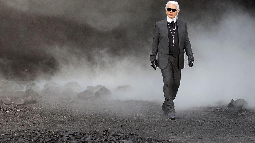 Muere Karl Lagerfeld, el mítico diseñador de Chanel