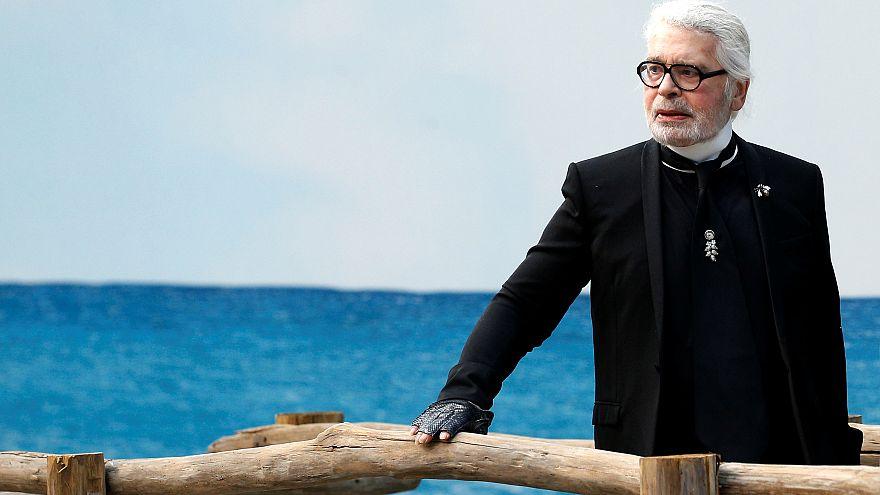 Modedesigner Karl Lagerfeld mit 85 Jahren gestorben