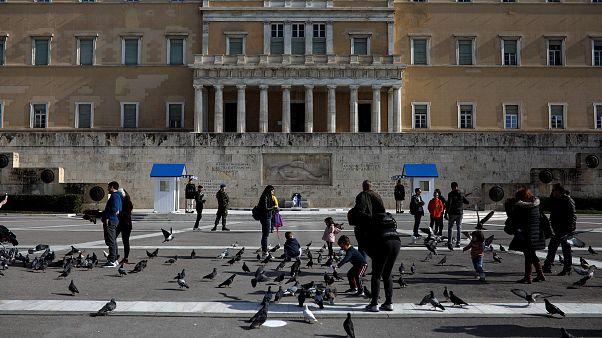 Ελλάδα: Η Ευρώπη «απειλεί» την ανάπτυξη