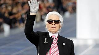 Love KL: Fendi ehrt Karl Lagerfeld