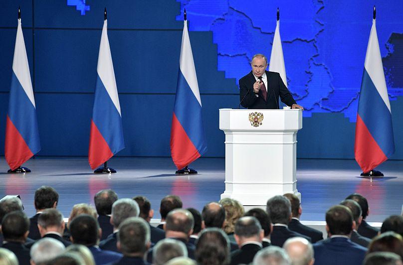 Путин: Сателиты американцев им аккуратно  подхрюкивают