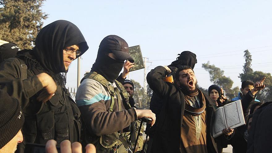وزيرة العدل: سويسرا تفضل محاكمة مقاتلي الدولة الإسلامية في أماكنهم