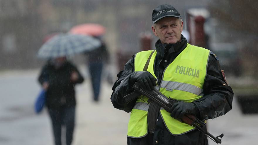 شرطي بوسني