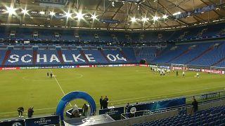 Champions League Achtelfinale - Schalke hofft auf Fußballwunder