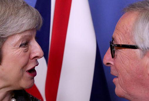 Juncker n'exclut pas la possibilité d'un report du Brexit