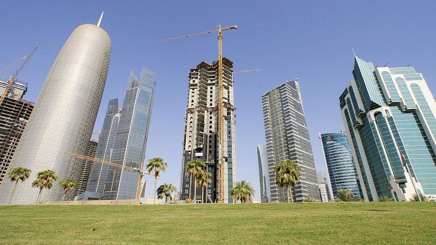 Katar Suudi Arabistan'ı dini siyasete alet etmekle suçladı