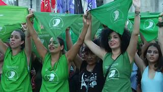 Αργεντινή: Μαζικές κινητοποιήσεις υπέρ των αμβλώσεων