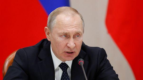 Russia:  mano tesa di Vladimir Putin