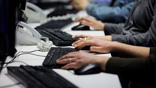ΟΟΣΑ: Λιγότερο επωφελής ο ψηφιακός μετασχηματισμός για την Ελλάδα