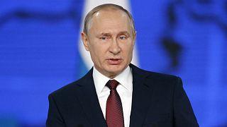 Poutine souffle le chaud et le froid avec l'Europe et les Etats-Unis