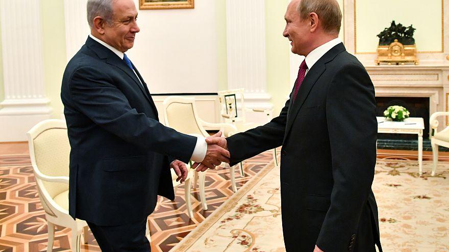 بوتين ونتنياهو في لقاء سابق في موسكو
