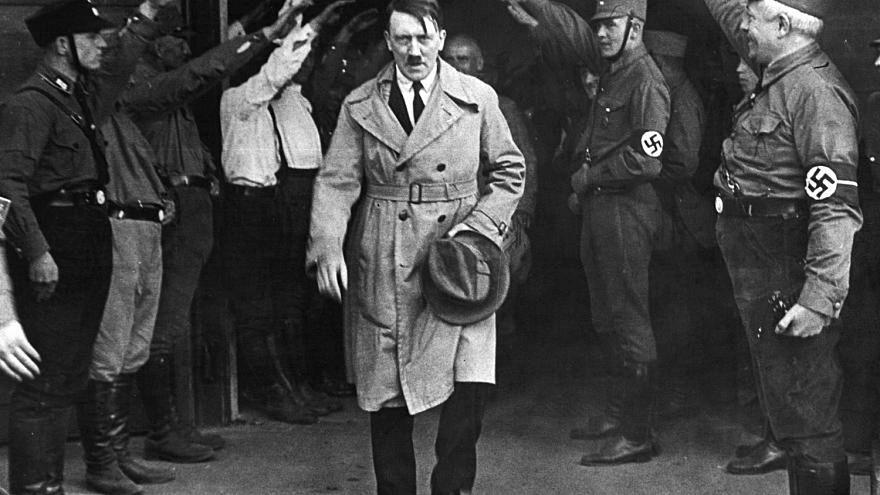 """بموجب مرسوم من """"هتلر"""".. بلجيكيون وبريطانيون لا زالوا يتقاضون معاشات من ألمانيا"""