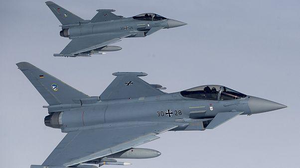 درخواست بریتانیا برای کاهش محدودیت های فروش سلاح به عربستان