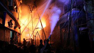 Un incendie fait au moins 69 morts dans la capitale du Bangladesh