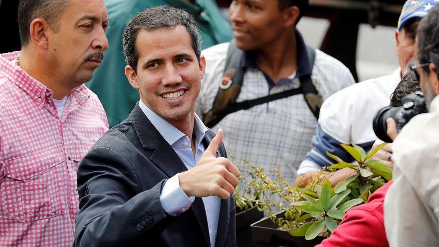 Guaidó va a Colombia para buscar la ayuda humanitaria