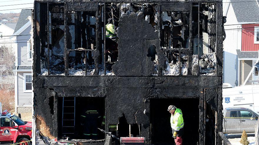 المبنى الذي اندلع فيه الحريق