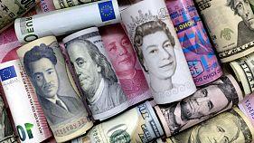 جهش ۱۰ درصدی دلار در بازار تهران؛ رئیس کل بانک مرکزی: دولت مقصر است