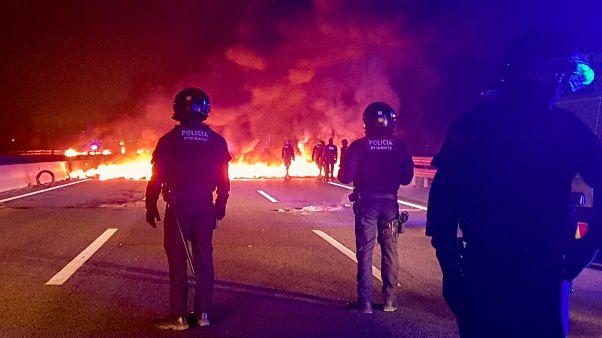 Каталония: протесты на фоне забастовки