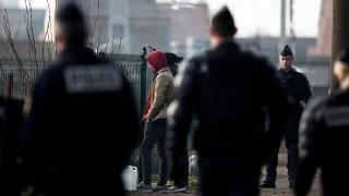 Illegal EU border crossings at six year low, says new report