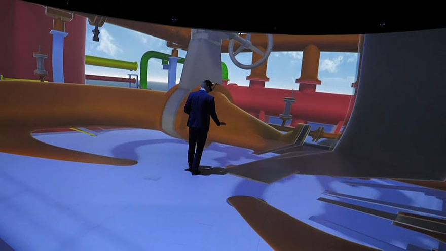 At the Elbedome participants are fully immersed in a virtual world