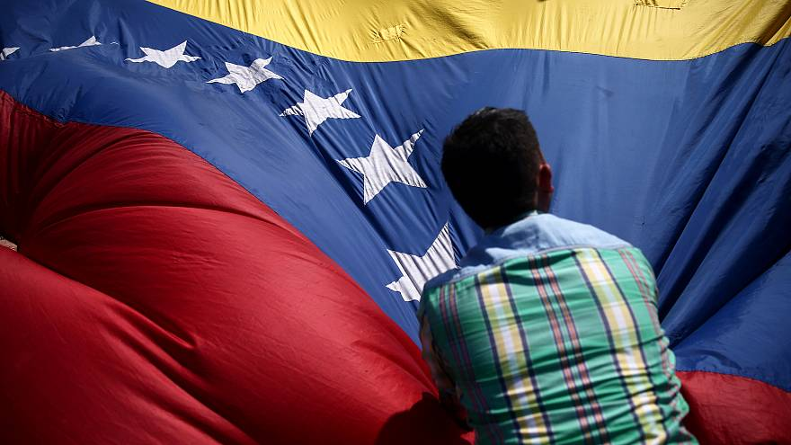 Watch back: Euronews' Anelise Borges answers your questions on Venezuela