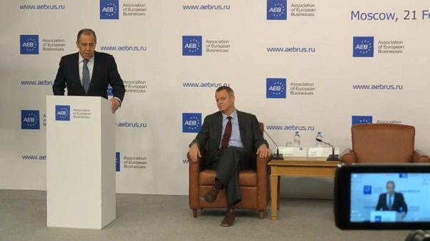 """Lavrov gela Bruxelles: """"Sanzioni Ue contro la Russia illegali"""""""