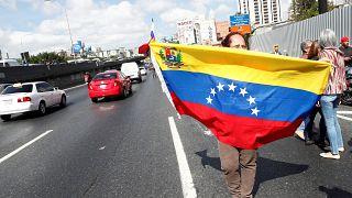 Maduro cierra la frontera con Brasil y evalúa cerrar la de Colombia