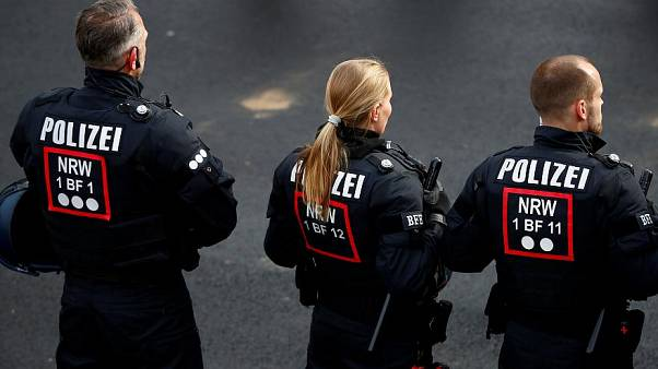 توقيف ثلاثة جهاديين للاشتباه بتخطيطهم لتنفيذ اعتداء غرب المانيا