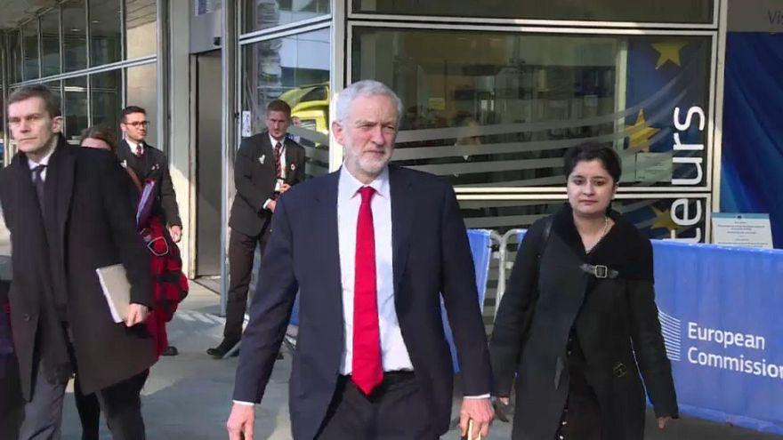 Saját brexit-terveivel ment Brüsszelbe Corbyn