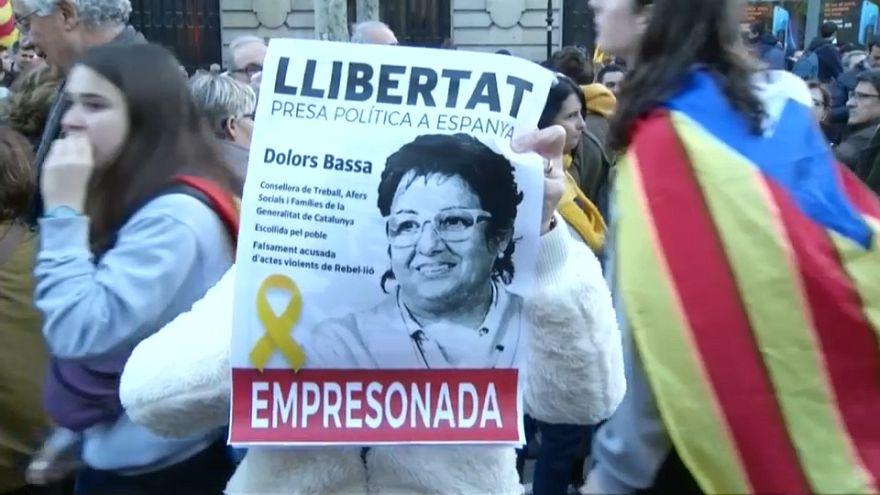 Catalogna: proteste e scontri a favore degli indipendentisti sotto processo