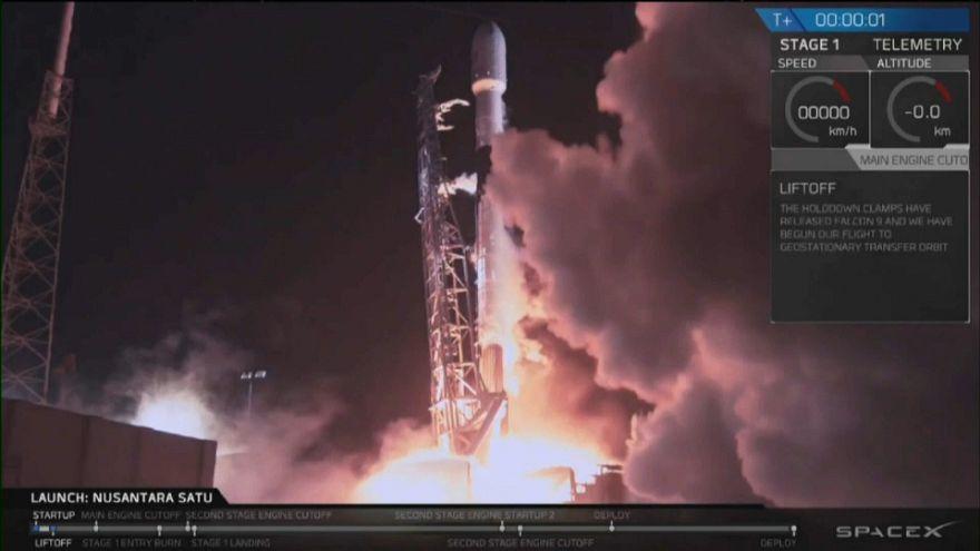 فيديو: سبيس إكس تطلق أول مهمة إسرائيلية إلى القمر من فلوريدا