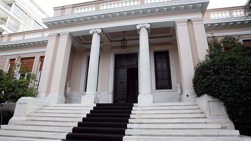 Συμφωνία κυβέρνησης-τραπεζών για τα κόκκινα δάνεια