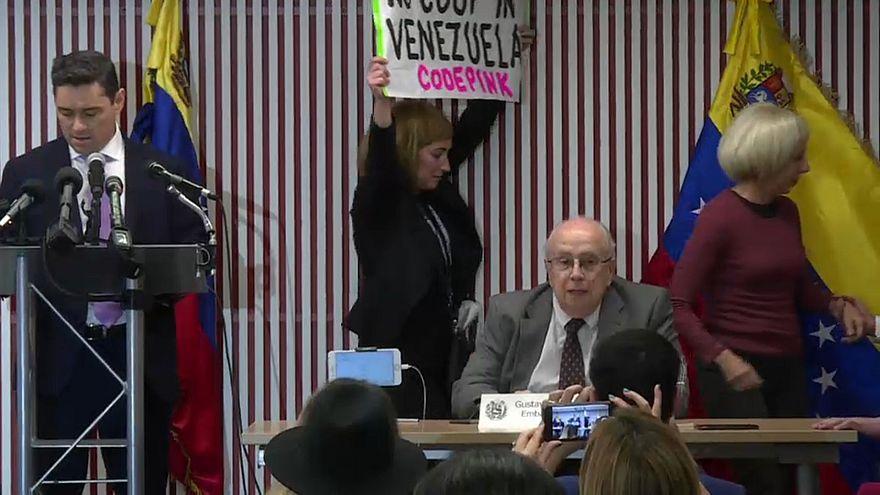 Un icono del chavismo le da la espalda a Maduro