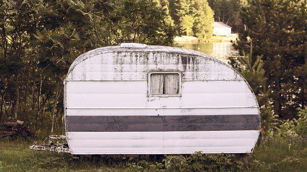 Polizei sucht nach verschwundenen Beweismitteln im Fall von Kindesmissbrauch auf Campingplatz