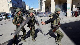 القدس: نادي الأسير الفلسطيني يقول إن إسرائيل إعتقلت 40 شخصاً