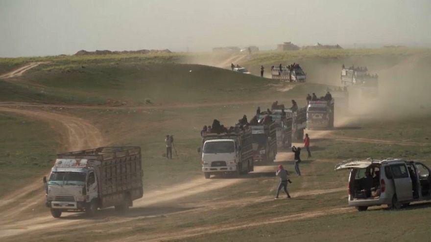 Suriye'de IŞİD'in son kalesi Baghuz'dan sivillerin kamyonlarla tahliyesi sürüyor