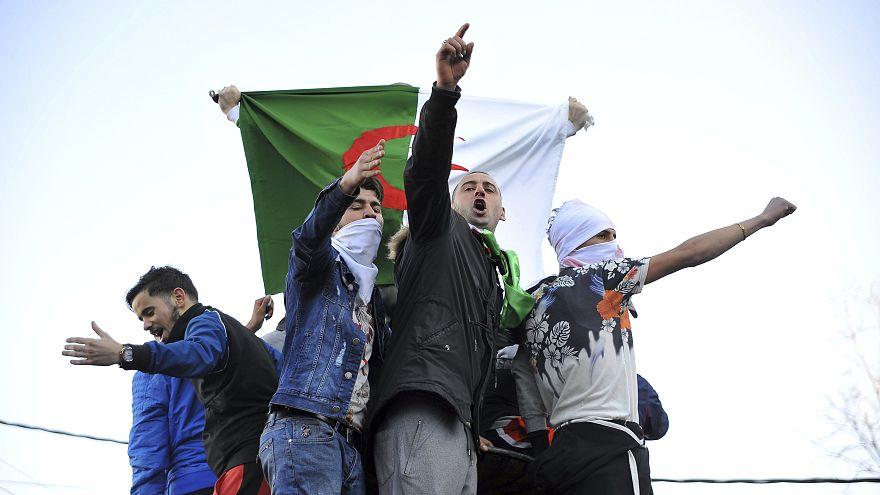 تجمعات اعتراضی علیه پنجمین نامزدی بوتفلیقه در انتخابات ریاست جمهوری الجزایر