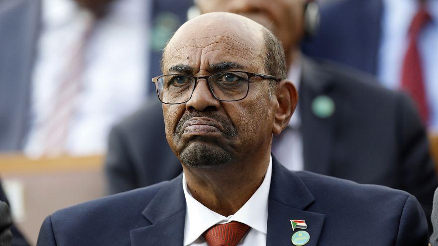 عمرالبشیر در سودان وضعیت اضطراری اعلام کرد