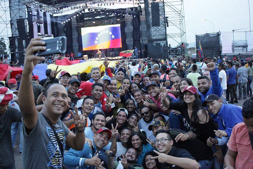 Venezuela, concerti musica al confine. Vescovi chiedono sblocco aiuti