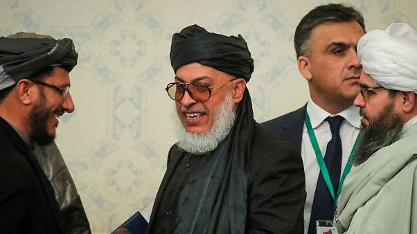 آمریکا و روسیه لغو ممنوعیت سفر رهبران طالبان را بررسی میکنند