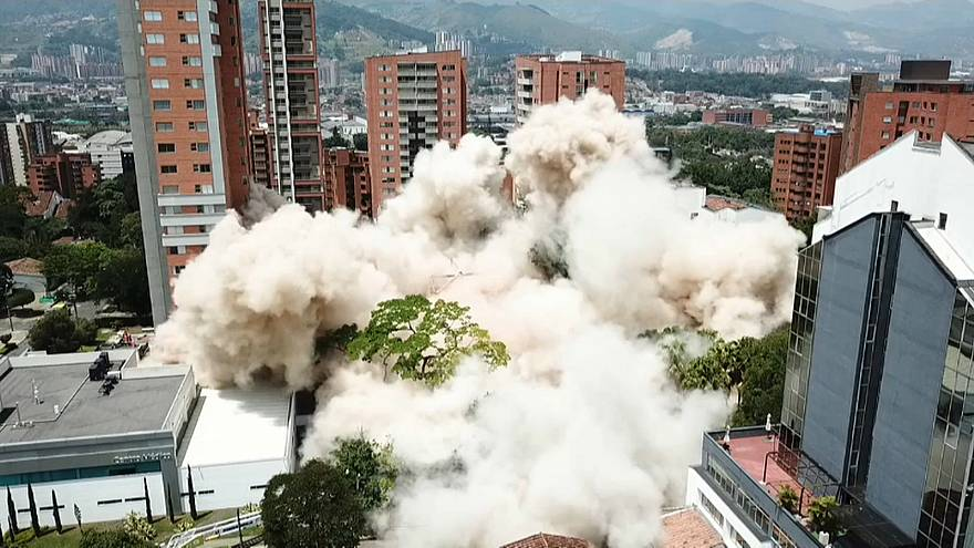 Former luxury home of drug lord Pablo Escobar is demolished