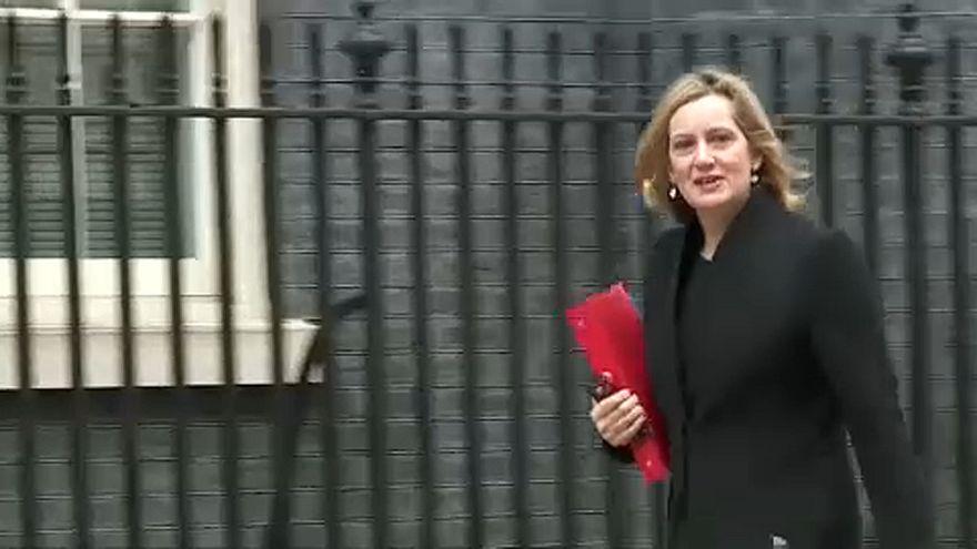 Három brit miniszter: inkább a halasztás, mint a no-deal brexit